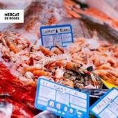 ⠀⠀⠀⠀⠀⠀⠀ 🐟 Bon dia Roses! ⠀⠀⠀⠀⠀⠀⠀ La parada BAHIA 2 (@anxovesderoses_peixosmarpla) del Mercat és garantia de peix i marisc de llotja fresc i de gran qualitat. Troba el millor del nostre mar cada dia a la seva parada! 🐙🦐🐟 ⠀⠀⠀⠀⠀⠀⠀ ❤️ Compra local. Inverteix en Roses. ⠀⠀⠀⠀⠀⠀⠀ ⠀⠀⠀⠀⠀⠀⠀ ⠀⠀⠀⠀⠀⠀⠀ ⠀⠀⠀⠀⠀⠀⠀ ⠀⠀⠀⠀⠀⠀⠀ #MercatMunicipal #MercatMunicipalRoses #MercatsdeCatalunya #CompraLocal #FuturiTradicio #apropteu #compraproximitat #alimentaciocat #km0 #foodcostabrava #aRoses #VisitRoses #EmpordaTurisme #qualitat #proximitat #fresc #benestar #salut #confiança #realfood #realfoodies #peix #peixateria #capdecreus #fish #pescadería